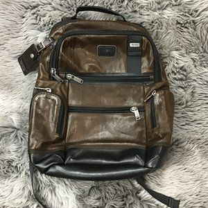 Tumi   Back Pack   Leather   Brown  